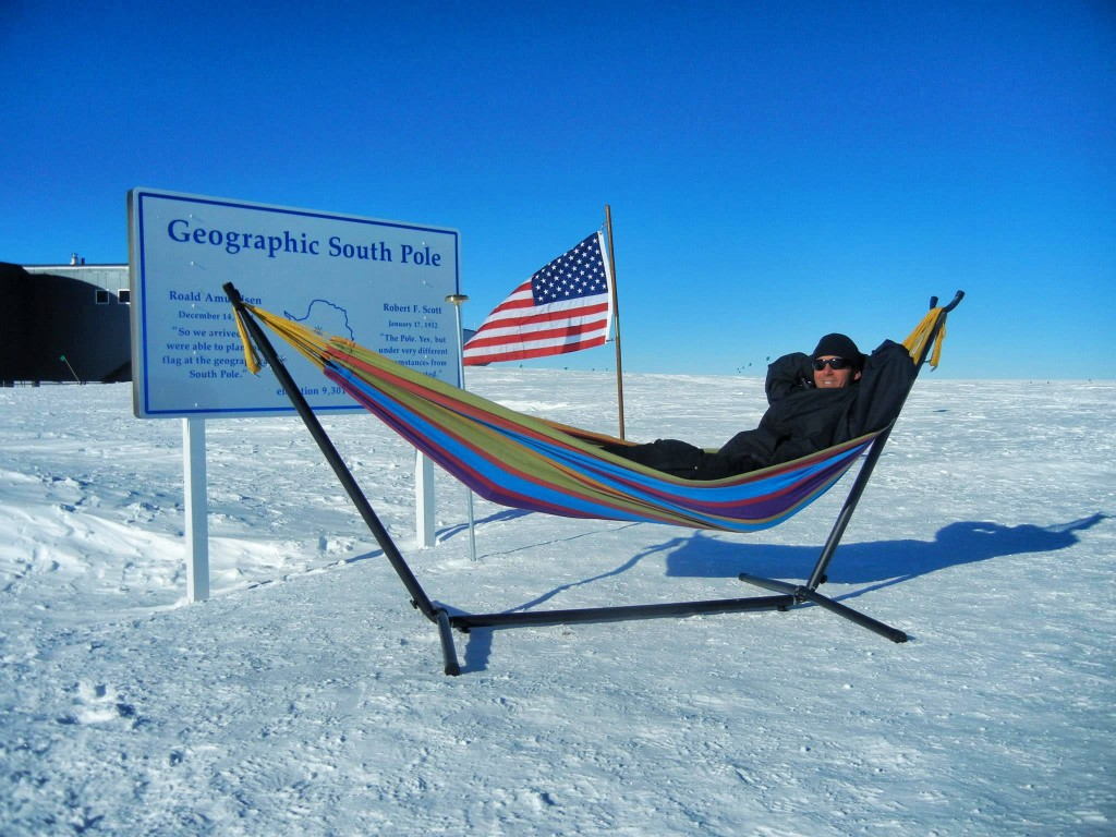 living and working in antarctica at the south pole